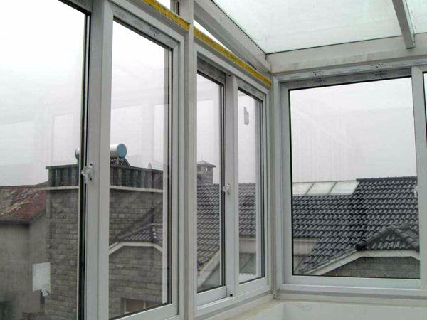 铝质耐火窗的重要性